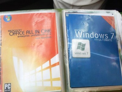 Why there are pirated versions of Windows 7 and how they look?