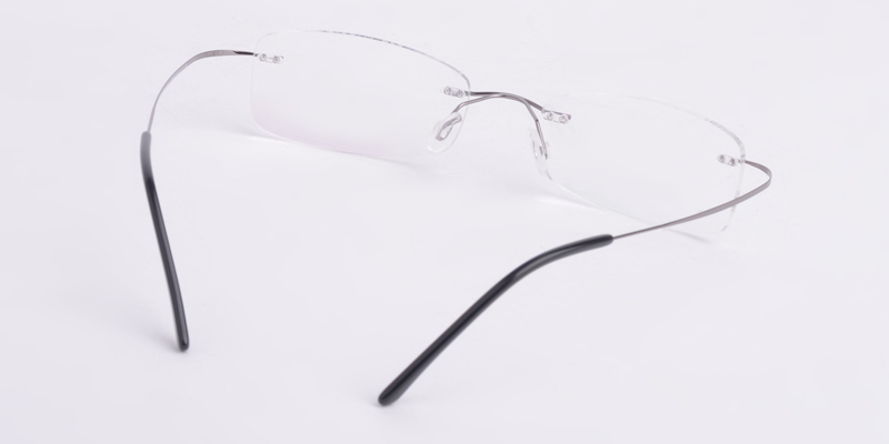 Rimless Eyeglass Frames Problems : Repairing Rimless Eyeglasses : DIY Project