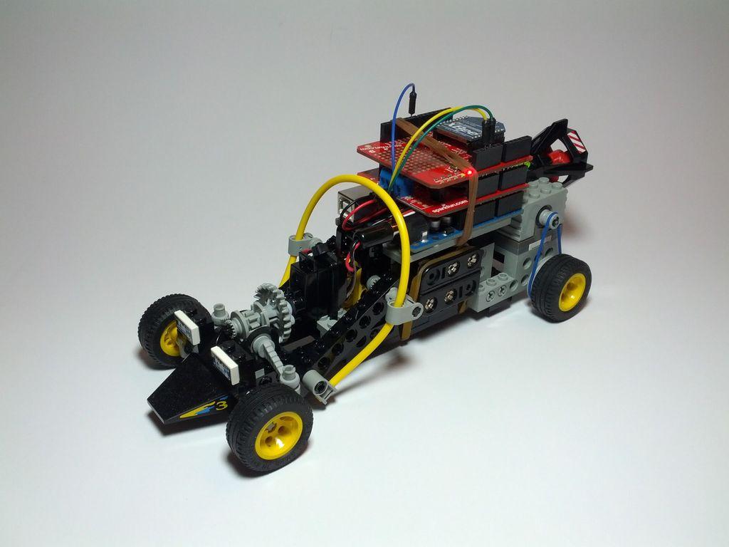 Plastic Building Blocks For Electronics & Robotics