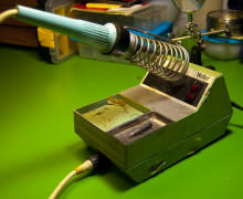 Soldering Iron Buying Guide For DIY Electronics Projects