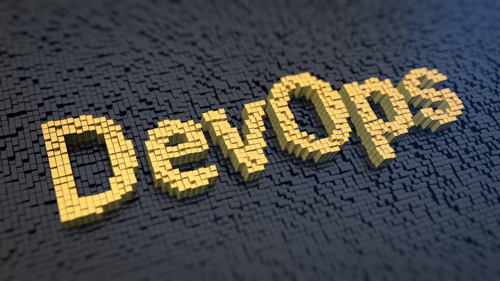 DevOps Trends 2017 - Divergence And Hybrid