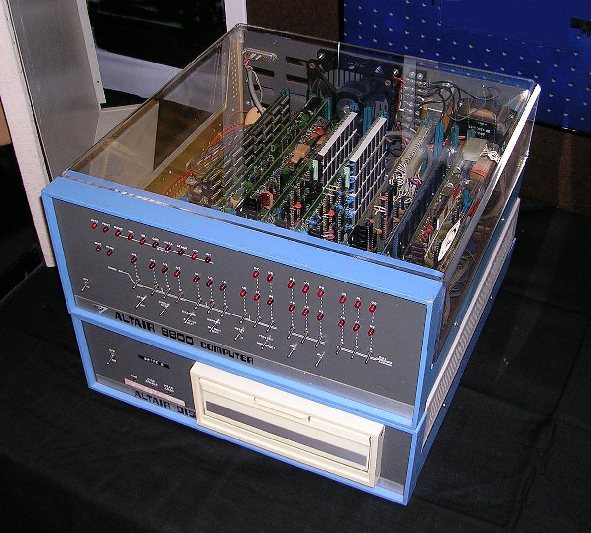 Linux-Based Embedded System Vs Microcontroller-Based Embedded System