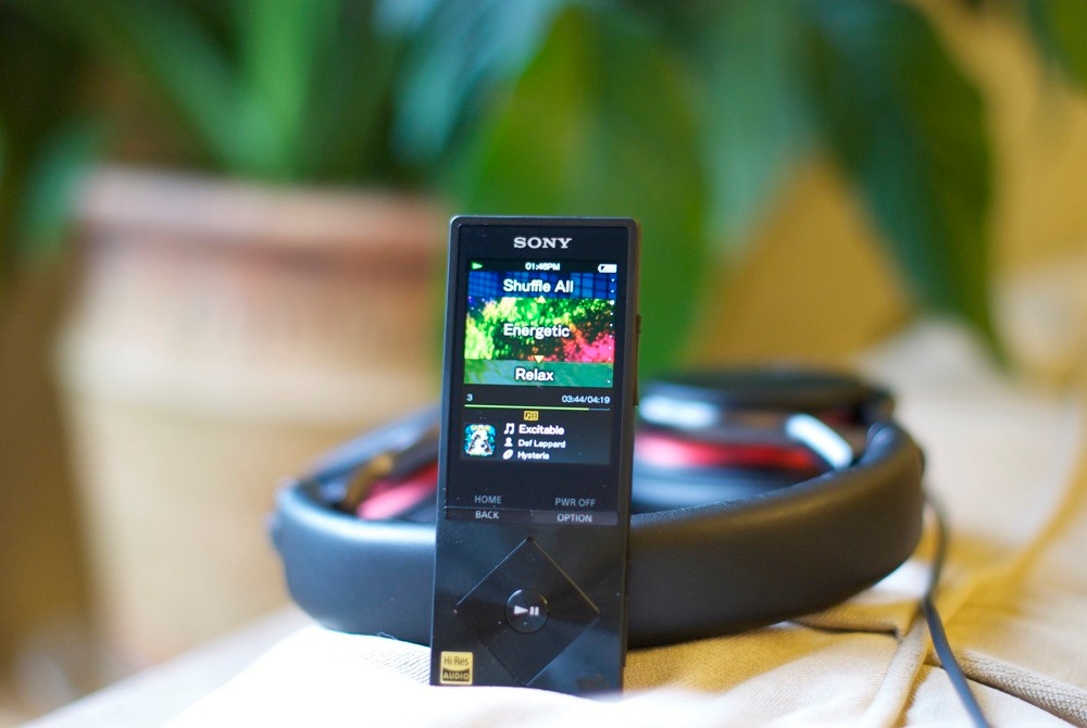 Dedicated Portable Audio Player Vs Smartphone For Listening Music