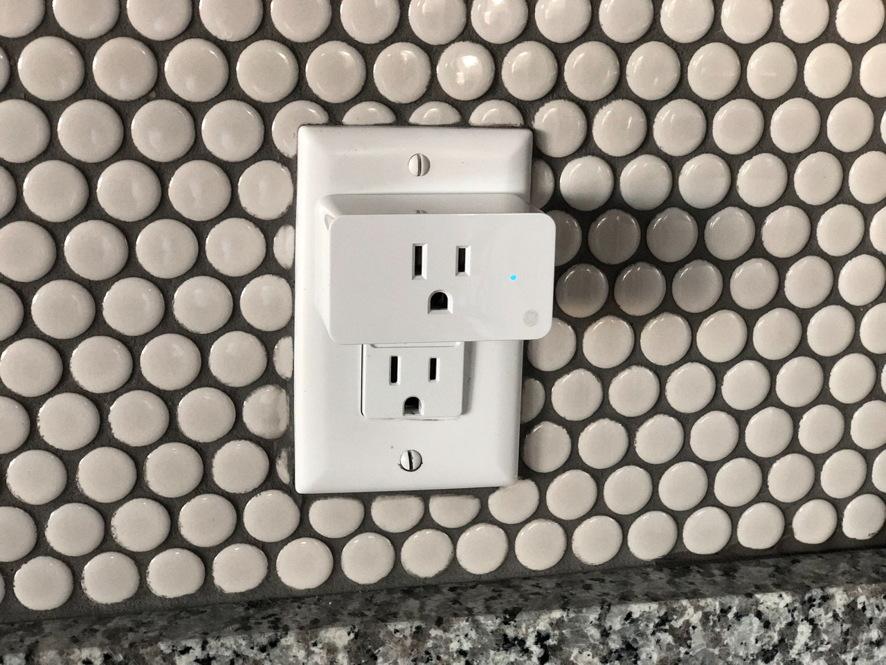 What Are the Problems of Smart Switches and Smart Sockets
